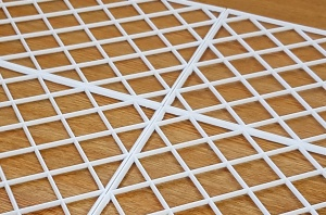 Interlocking Bar Shelf Glass Mats for UK Pubs and Bars - Fast UK Delivery!